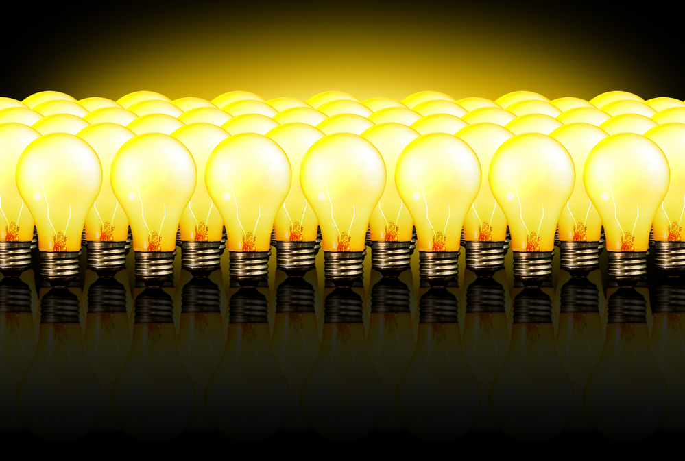 light bulbs represent dental blog topic ideas